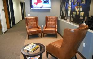 Lease office space on Huntington Dr