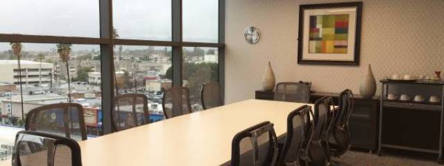commercial real estate north hollywood