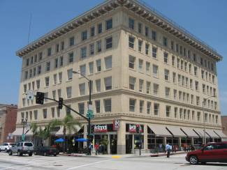 Rent the Perfect Old Town Pasadena Office at 117 E. Colorado Blvd